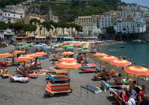 Beach-in-Amalfi